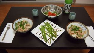 Rice bowls and green beans